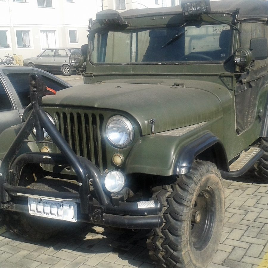 WILLYS OVERLAND JEEP 2.6 6 CILINDROS 12V GASOLINA 2P