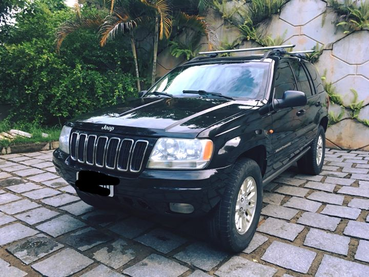 Grand-Cherokee-Limited-v8
